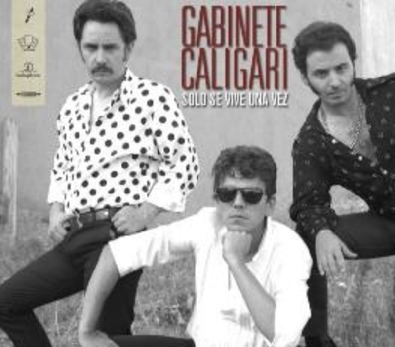 SOLO SE VIVE UNA VEZ, COLECCION DEFINITIVA (CD+LP) * GABINETE CALIGA