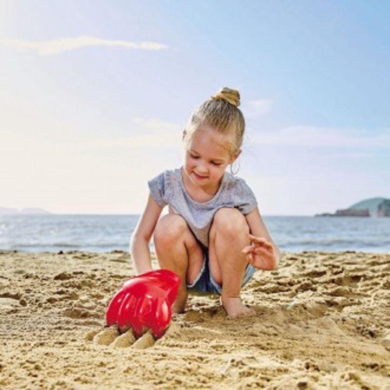 Pata Excavadora Gigante Roja Playa