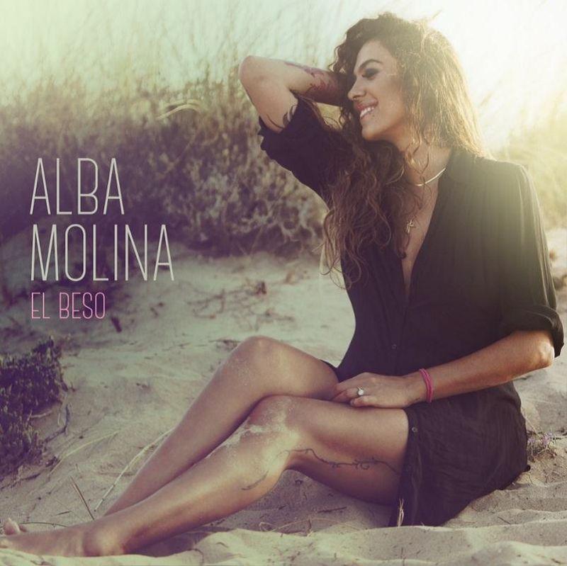 el beso - Alba Molina