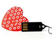 MEMORIA USB 16 GB CORAZON ROJO LOVE R: TEC512216